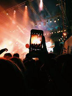 Insta Ideas, Night Life, Concert, Photos, Pictures, Recital, Concerts