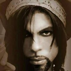 Post Ur Prince Photos Part 7 Pictures Of Prince, Vintage Black Glamour, Roger Nelson, Prince Rogers Nelson, Purple Reign, Pretty Men, Most Beautiful Man, American Singers, Record Producer