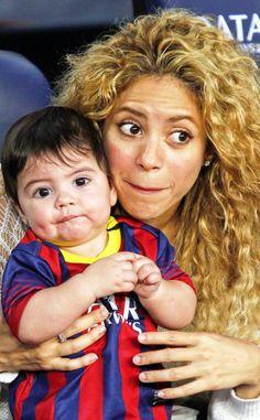 Shakira & Baby Milan Cheer on Gerard Pique!: Photo Shakira holds her adorable baby boy Milan Pique, almost 8 months, while they cheer on Gerard Pique as FC Barcelona takes on Sevilla on Saturday (September at… Celebrity Moms, Celebrity Photos, Fc Barcelona, Shakira Baby, Milan Pique, Shakira And Gerard Pique, Instagram Bio, Super Mom, Funny Love