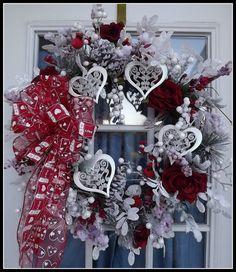 .cute valentine wreath