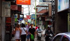 Seven best places to shop in Kuta.  Poppies Lane 1 and 2  If you're travelling on a tight budget, you'll probably find yourself staying in Poppies Lane 1 or 2 where most of the budget accommodations are located. Aside from hotels, hostels and guesthouses, Poppies Lane 1 and 2 are also filled with bars, restaurants, convenience stores, surf shops and clothing boutiques. When you walk towards the beach, you'll also find more shops selling a variety of stuff including artworks, handicrafts…