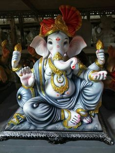 Make this Ganesha Chathurthi 2020 special with rituals and ceremonies. Lord Ganesha is a powerful god that removes Hurdles, grants Wealth, Knowledge & Wisdom. Jai Ganesh, Ganesh Lord, Ganesh Idol, Ganesha Art, Clay Ganesha, Shri Ganesh Images, Ganesha Pictures, Shri Hanuman, Durga
