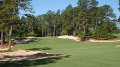 Built in our stately Georgian-style Inn is renowned for true Southern hospitality and charm. Golf Holidays, Best Golf Courses, Holiday Resort, Golf Clubs, Southern Pines, World, Sports, Hs Sports, The World