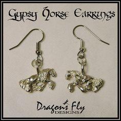 Drop Earrings Gorgeous Black /& Bronze Gem Stone Chandelier Horse Shoe Earring
