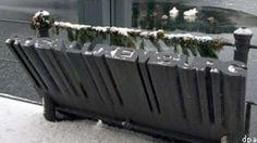 Ein Mahnmal erinnert an Rosa Luxemburg am Berliner Landwehrkanal, in dem man Luxemburgs Leiche erst vier Monate nach ihrer Ermordung fand.--I went there, too.