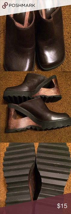 Women's size 7 candies platform clogs shoes Super cute pair of women's size 7 candies platform clogs. In good condition. see pics, bottoms look great. there is a scuff in the front of one of the shoes shown in pic as well. Tons and tons of life left in these Candie's Shoes Platforms