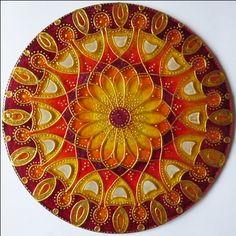 """Mandala """"Chrám Sebedůvěry"""" - autorská mandala malovaná na skle *Mandala Glass Hand Painted Mandala """"The Temple of Confidence"""""""