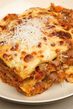Crock Pot Lasagna (Weight Watchers) KitchMe is part of Weight watchers lasagna Recipe including course(s) Entrée; and ingredients dried basil, dried oregano, garlic, lean ground beef, mozzarella - Healthy Recipes, Ww Recipes, Slow Cooker Recipes, Cooking Recipes, Recipies, Low Fat Crockpot Recipes, Recipe Sites, Supper Recipes, Cooking Games