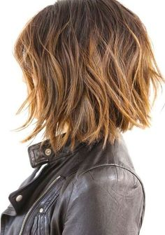 60 Messy Bob Hairstyles for Your Trendy Casual Looks - Frauen/woman Haarschnitt/haircut – pure hairstyle – wir schaffen kreative Frisuren – verwöhn - Layered Bob Hairstyles, Haircuts For Fine Hair, Cool Hairstyles, Casual Hairstyles, Lob Hairstyle, Short Haircuts, Hairstyles Haircuts, Hairstyle Ideas, Latest Hairstyles