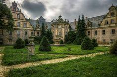das verlassene Märchenschloss | Flickr - Photo Sharing!