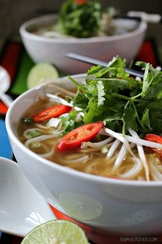 Easy Beef Phở with Oodles of Noodles is made with sukiyaki beef in an aromatic broth of star anise, cinnamon, ginger, chili with rice noodles and herbs. Asian Noodles, Beef And Noodles, Rice Noodles, Thai Noodles, Asian Recipes, Healthy Recipes, Ethnic Recipes, Tasty Meals, Healthy Soups