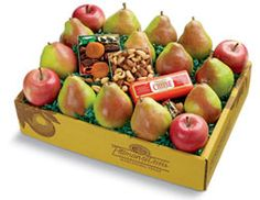 Christmas Assortment | Fruit Assortment - Pittman & Davis #apples #pears #driedfruits Apple Gifts, Fruit Gifts, Mixed Nuts, Gouda, Dried Fruit, Perfect Christmas Gifts, Pears, Gourmet Recipes, Apples