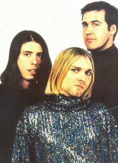 Nirvana ... Kurt killing it.. Dc