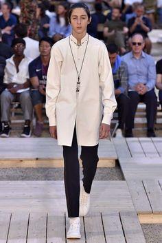 Alexander McQueen Paris Menswear Spring Summer 2018 Paris June 2017