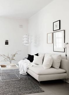 Bright home with a soft look Helles Zuhause mit sanftem Look – via Coco Lapine Design Living Room Designs, Living Room Decor, Design House Stockholm, Tapis Design, Bright Homes, Interior Exterior, Minimalist Home, Home Decor Inspiration, Decor Ideas