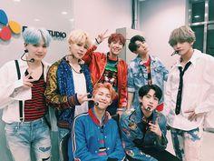 Фотографии BangTan   Beyond The Scene   BTS   방탄소년단 – 196 альбомов