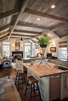 Savannah artist Bob Christian faux-painted a ceiling to resemble weathered cypress. - Savannah artist Bob Christian faux-painted a ceiling to resemble weathered cypress. Savannah artist Bob Christian faux-painted a ceiling to resemble weathered cypress. Rustic Kitchen, Kitchen Decor, Cozy Kitchen, Kitchen Ideas, Kitchen Layout, Country Kitchen, Fireplace In Kitchen, Kitchen Keeping Room, Kitchen Seating