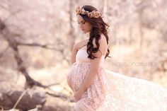 Lace Maternity Gown / Jennifer Gown / Sweetheart style maternity gown / lace…