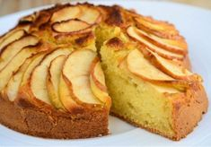 Baking a sugar free apple cake? This printable recipe has oodles of photos, a comic with fun cartoons, and is diabetic-friendly. Sugar Free Apple Cake, Vegan Apple Cake, Sugar Free Baking, Apple Cake Recipes, Sugar Free Recipes, Baking Recipes, Diabetic Desserts, Cookie Desserts, No Bake Desserts