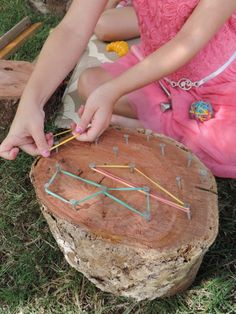 How to incorporate wooden resources into outdoor play 8 easy ideas to introduce play based learning activities into children's outdoor play using wooden cookies, nature and simple DIY resources. Fantastic ideas here for early childhood teachers, ed Forest School Activities, Nature Activities, Kids Learning Activities, Kindergarten Activities, Toddler Activities, Outdoor Activities For Preschoolers, Nature Based Preschool, Early Childhood Activities, Colour Activities For Toddlers
