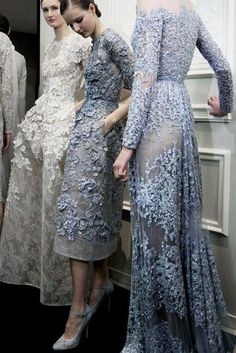 Big fan of Elie Saab. this is backstage at Elie Saab Haute Couture show. Couture Fashion, Runway Fashion, High Fashion, Fashion Show, Fashion Models, Fashion 2017, Paris Fashion, Spring Fashion, Fashion Trends
