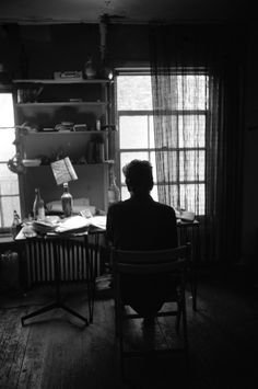 """colecciones: """"""""Bob Dylan in his apartament, NYC, NY. – Photo by Ted Russell, """" """" John Lennon Beatles, The Beatles, Ted, Bob Dylan Lyrics, Folk Rock, Like A Rolling Stone, Joan Baez, Nobel Prize, Ringo Starr"""