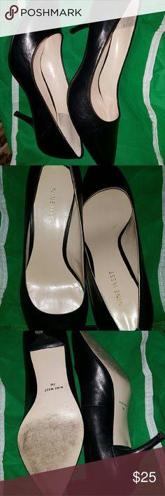 Nine west  pump 7M Black leather pointed toe pump 2.5 heels  Worn 2x Nine West Shoes Heels