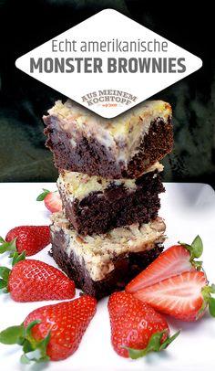 Echt amerikanische Monster Brownies! Eine Kaloriensünde die es wert ist, sind diese perfekten Monster Brownies. Wie immer gibt es hier Informatives, das Rezept selbst folgt einer einfachen Schritt-für-Schritt-Anleitung. #backen #Brownies #Monsterbrownie #brownie #cleaneating
