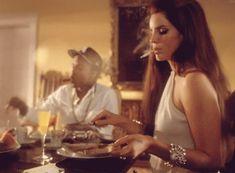 Lana Del Rey   Smoking in her National Anthem Video