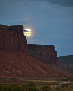 Bad Moon Rising   Flickr - Gary Randall Randy, this is an awesome shot... thanks for sharing