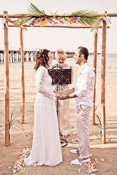 Beach Wedding, Hervey Bay