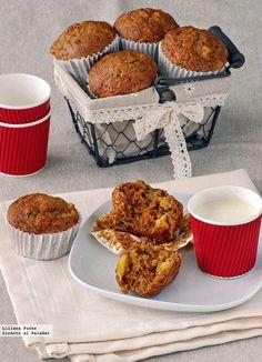 Muffins de zanahoria y piña. Receta Cupcakes, Cupcake Cookies, Comida Diy, Bakery Store, Salty Foods, Dessert Bread, Healthy Desserts, Breakfast Recipes, Sweets