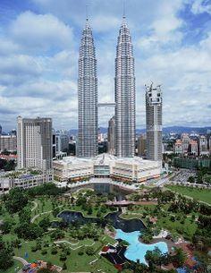 Giá vé máy bay giá rẻ đi Kuala Lumpur http://www.abay.vn/ve-may-bay-theo-loai/ve-may-bay-gia-re/ve-may-bay-gia-re-di-kuala-lumpua