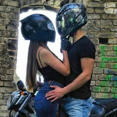 Pin by ninfa zg on couple ♡ Image Couple, Photo Couple, Love Couple, Couple Goals, Relationship Goals Pictures, Cute Relationships, Biker Chick, Biker Girl, Couple Photography