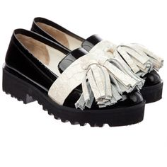 Anouki Tasseled Ivory Patent Leather Loafers (1,625 SAR) ❤ liked on Polyvore featuring shoes, loafers, flats, ivory, flats loafers, tassel loafers, loafers moccasins, tassel flats and flat pumps