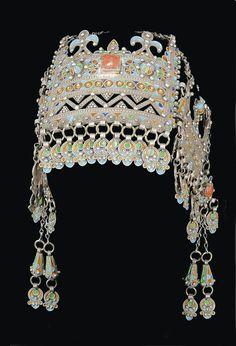 Morocco | Headdress; silver filigree work, coral and glass insets, enamel | ca. 19th century, Anti Atlas region | Sold