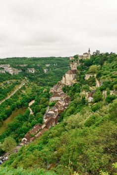 This Is The Most Dramatic Village In France - Rocamadour - Hand Luggage Only - Travel, Food & Photography Blog