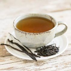 Looking for a fancy way to make the most out of gourmet vanilla beans? Vanilla Bean Black Tea is the way to go! #☕️ #ontheblog #thirstyfortea #englishbreakfast