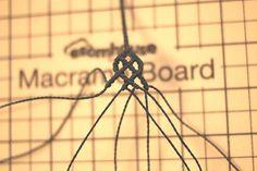 23번째 이미지 Macrame Tutorial, Micro Macrame, Celtic, Blog, How To Make, Crafts, Loom Bracelets, String Bracelets, Woven Bracelets