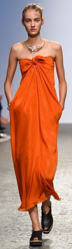 So lovely! From Sportmax RTW Spring 2015 #orange #dress #dresses #sportmax #shoes #flats #sportmax #2015 #readytowear #fashionshow #runway