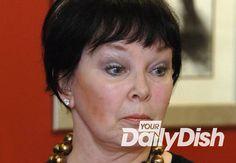 Actress Yvonne Craig dies