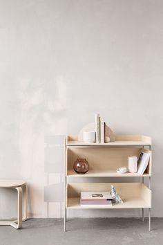 Turn Stool | Vivlio Shelf | Lyngby Porcelain Form 70 | Goods We Love | Copyright © 2017 Goods We Love, LLC. All rights reserved. Photographer Heidi Lerkenfeldt | Styling Pernille Vest