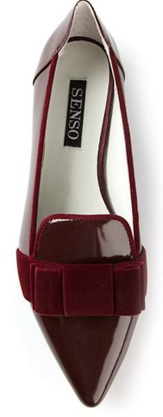 Wine high shine leather 'Fiona' flats from Senso featuring a pointed toe and velvet bow detail. Cute Flats, Bow Flats, Cute Shoes, Me Too Shoes, Loafer Flats, Bow Shoes, Pointed Flats, Pointy Toe Flats, Pretty Shoes