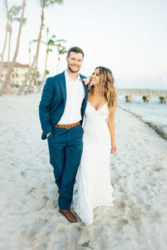 Whether your wedding venue is oceanside or a ballroom, beach wedding hairstyles look stunning on and off the shore. Check out our favorite beach wedding hairstyles, from flowy waves to boho braids. Beach Wedding Colors, Beach Wedding Photos, Wedding Pictures, Beach Wedding Makeup, Seaside Wedding, Nautical Wedding, Beach Wedding Groom Attire, Wedding Bride, Destination Wedding Dresses