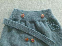 PICHI PARA NIÑA DE 6 MESES Little Girl Dresses, Girls Dresses, Little Girls, Crochet Baby, Knit Crochet, Baby Sweaters, Baby Knitting Patterns, Beanie, Sewing
