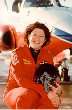 Lt.-Col. Maryse Carmichael is an accomplished pilot who became the first woman in Canadian history selected to fly with the famous Snowbirds Aerobatic Team. In November 2000 she was chosen to fly #3 position with the 431 Air Demonstration Squadron.