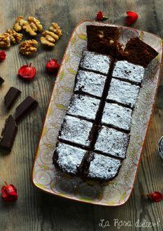 Brownie exprés {en microondas}-Atıştırmalık tarifler - Las recetas más prácticas y fáciles Cookie Desserts, Sweet Desserts, Sweet Recipes, Croissants, Chocolates, Sweet Little Things, Muffins, Microwave Recipes, Bread Cake