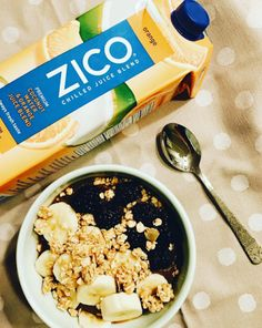 Master the art of the homemade acai bowl with this yummy recipe made with our ZICO chilled coconut water + orange juice blend, frozen fruit and puréed frozen acai. Top with bananas, granola, berries and a drizzle of honey! Kudos to @girlvsfood (Instagram) for the DIY breakfast idea.