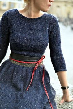 Ravelry: Blue Expanses -free pattern by Elena Borisenkova. I live this style, this is my favourite outfit look and silhouette. Look Fashion, Winter Fashion, Womens Fashion, Knit Fashion, Latest Fashion, Fashion Trends, Mode Vintage, Mode Inspiration, Dress Patterns
