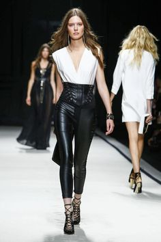 Elisabetta Franchi Show Ready to Wear Collection Spring Summer 2016 in Milan